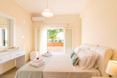 Villa Nissos Southern Corfu Issos 01 14